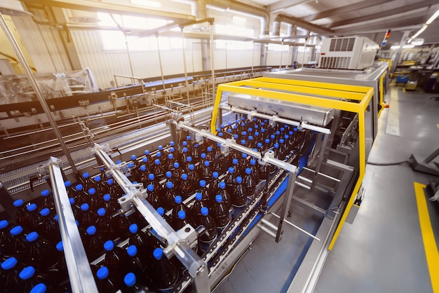 Automatic line for vacuum packaging in a brewery