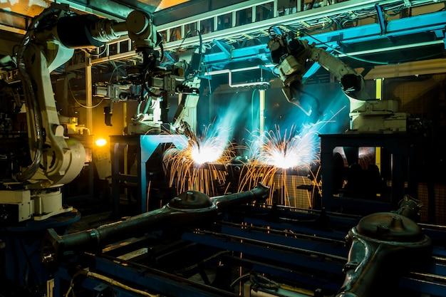 스마트 공장 자동차 산업의 자동화 로봇 팔 기계