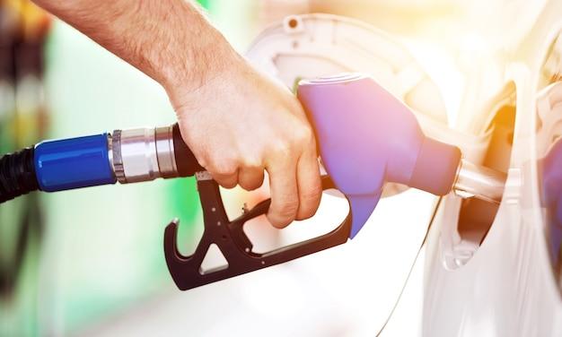 Автомобиль бензин бизнес автомобиль крупным планом день экономика