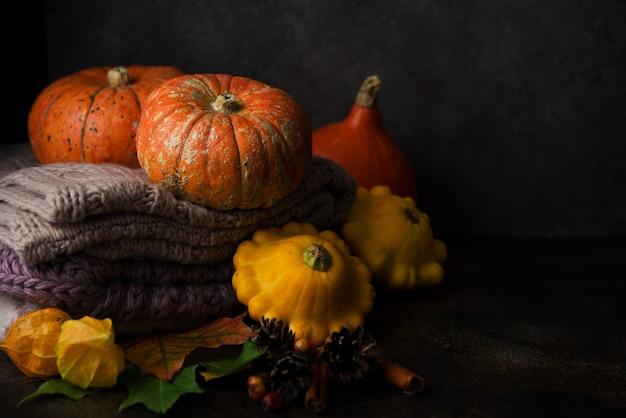 Осенняя композиция с сезонными овощами