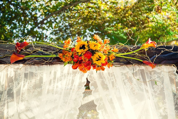 Autumn decorations for the wedding ceremony