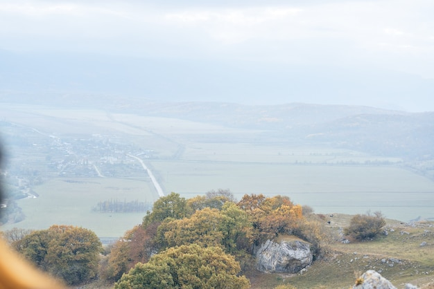 山の秋の風景