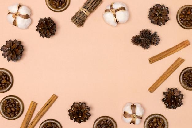Осенняя природа фон в коричневых тонах осенний сезон плоская планировка рамка минимальная концепция