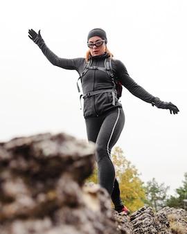 가을 야외 운동 낮은보기 실행