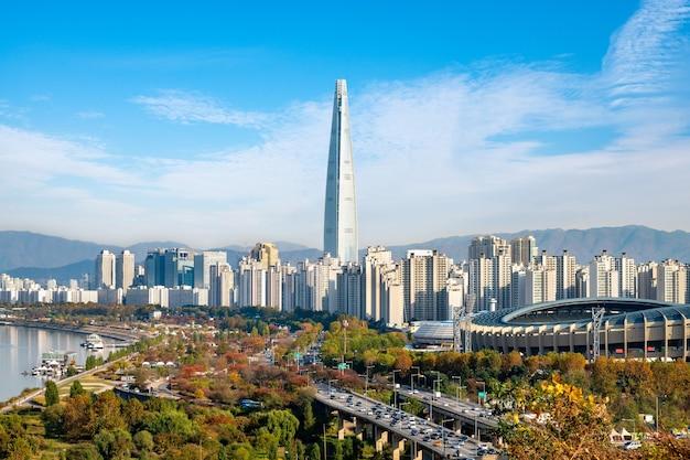 2020 년 대한민국 서울 한강의 가을 풍경.