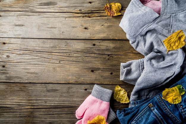 Осенняя теплая одежда для девочки