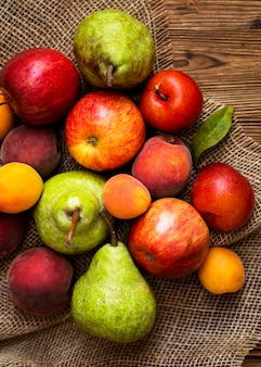 フレッシュフルーツの秋のアレンジ