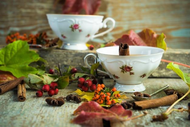 Autumnal tea with lemon
