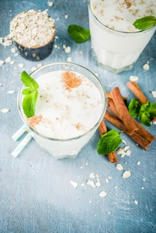 Avena colombiana, colombian oatmeal drink with cinnamon and mint
