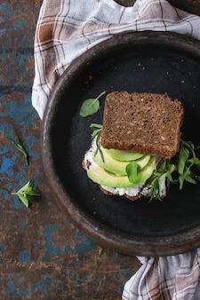 Avocado and ricotta sandwich