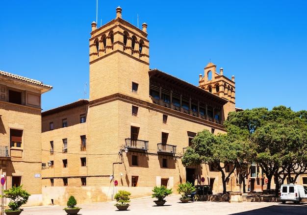 Ayuntamiento из уэска. арагон
