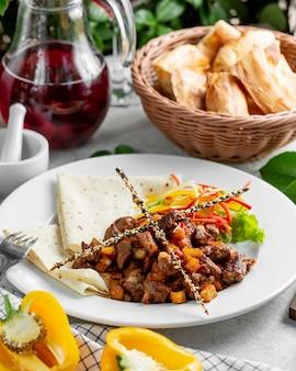 Azerbaijani traditional cousine ciz biz