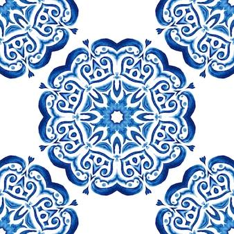 Azulejo синий и белый рисованной плитки бесшовные декоративные акварельные краски узор. плитка хамам