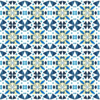 Азулежо акварель бесшовные модели. традиционная португальская керамическая плитка. ручной обращается абстрактный фон. акварель для текстиля, обоев, принта, дизайна купальных костюмов. синий узор азулежу.