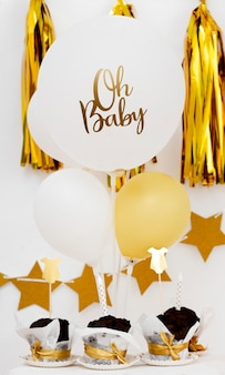 Concetto di baby shower con palloncini
