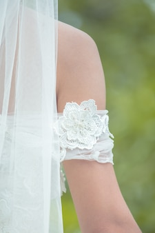 Back bridal veils off the set with a beautiful