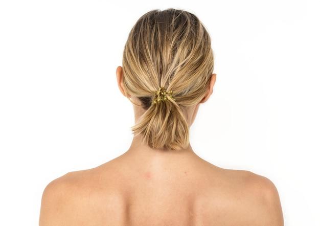 Ritratto posteriore di donna bianca