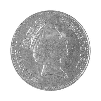 エリザベスの顔が白い背景写真に分離された10ペンスのイギリスのコインの裏側