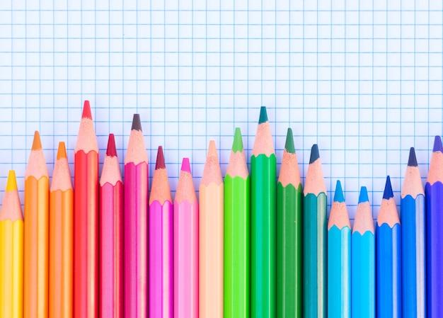 学校に戻る鉛筆