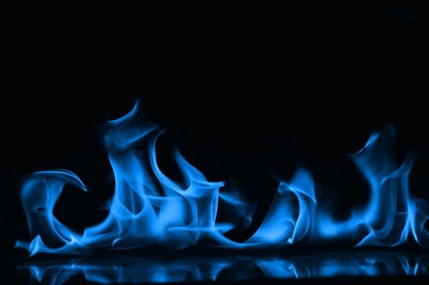 Синее пламя огня как абстрактный backgorund