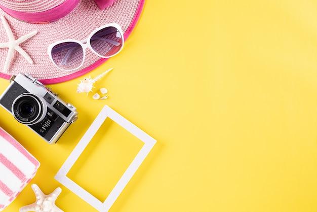 Фон для путешествий летнего отдыха и отдыха концепции.