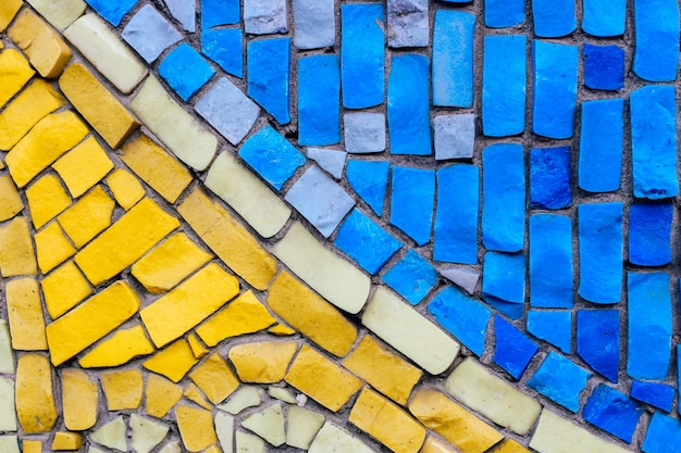 Фон из старинной мозаики на стене
