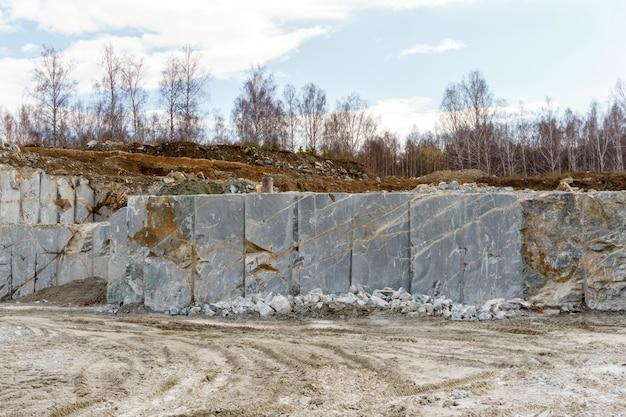배경, 풍경 - 대리석 추출을 위한 채석장 조각