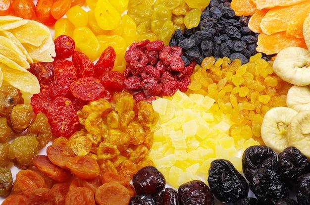 모듬 된 말린 과일로 만든 배경