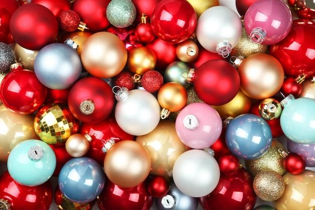 Фон красивых новогодних шаров новый год или новогодний фон