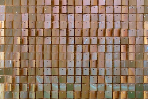 光沢のある金属板の背景。抽象的な明るい背景。
