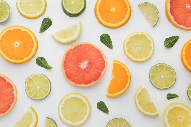 Background of oranges and lemons