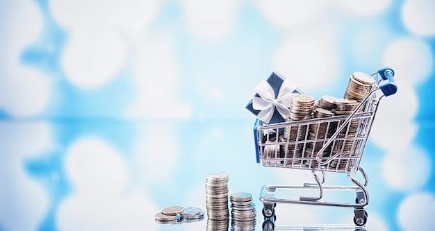 バックグラウンドショッピングトロリー。食料品や物の買い物の概念。週末のお店。