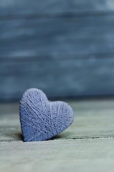 나무 마음, 발렌타인 데이 배경