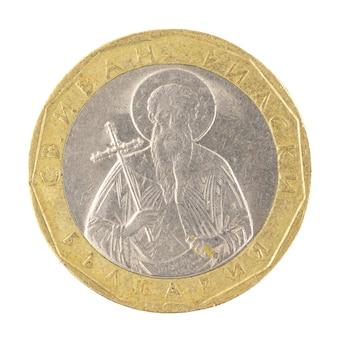 Оборотная сторона одной монеты 1 болгарский лев крупным планом, изолированные на белом фоне фото