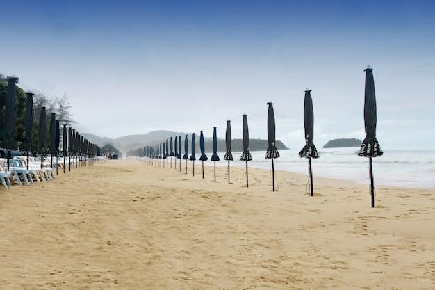 해변의 나쁜 날씨
