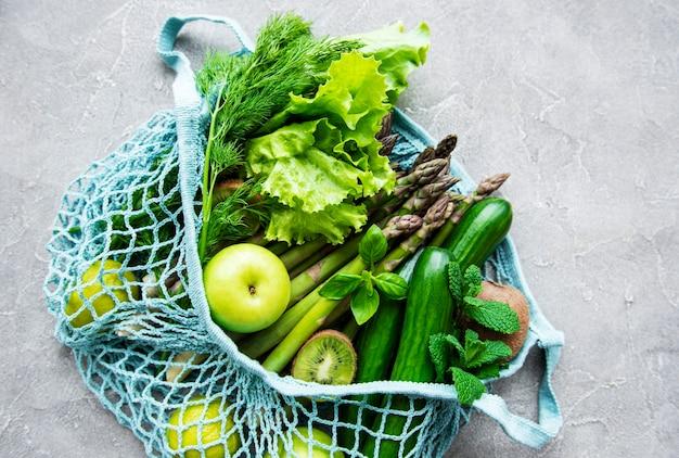 Сумка с овощами сверху