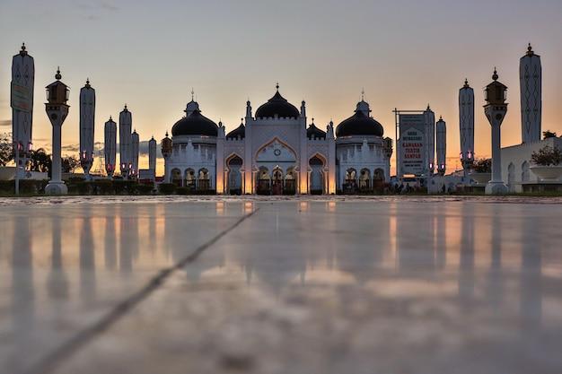 Baiturrahman grand mosque 아체 지방의 유서 깊은 모스크