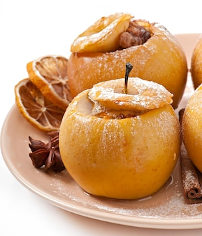 Baked apples with honey and nuts