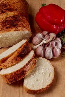 Baked bread with pepper and garlic