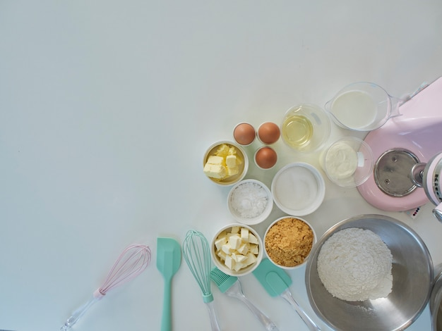 Bakery accessories and ingredients