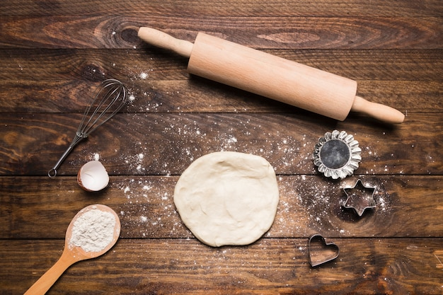 Bakery composition with dough