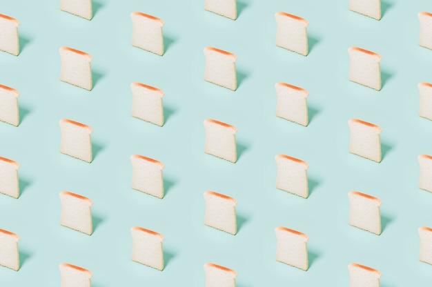 Modello di panetteria con pane cotto