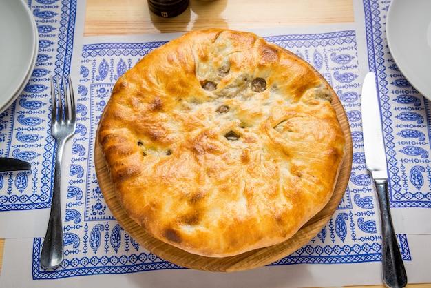 Хлебобулочные изделия кубдари по грузински