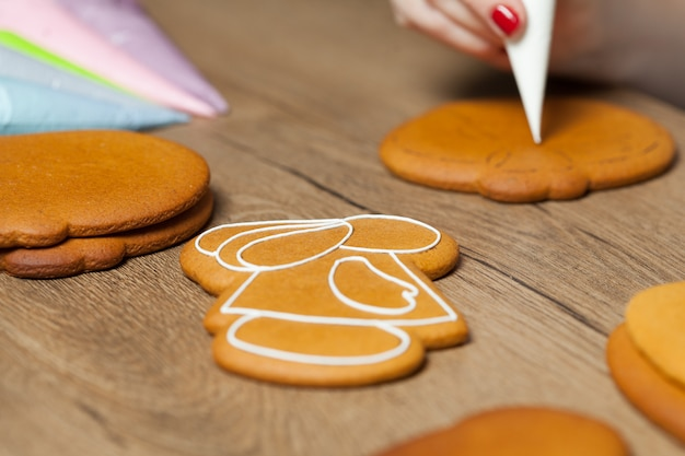 Baking, draw on baking, patterns easter gingerbread