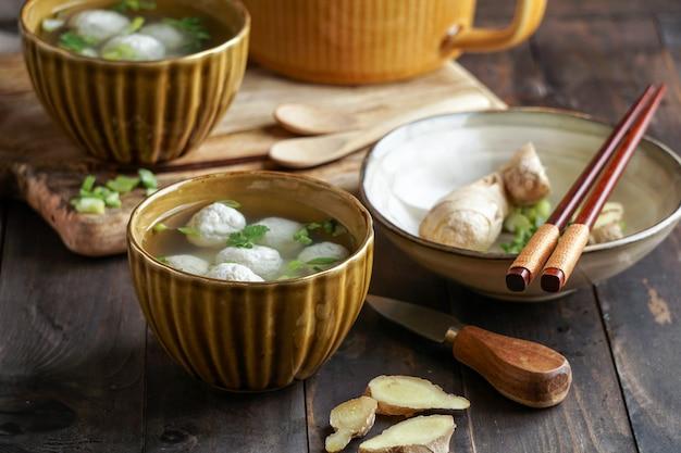 Баксо или басо - индонезийский суп с фрикадельками.