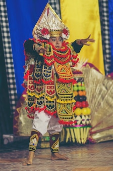 Balinese dancing, traditional dance and clothing, kecamatan buleleng, bali, indonesia