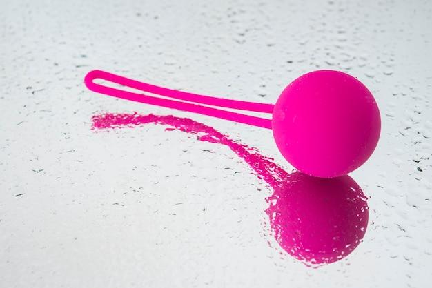Balls ben wa, 물이 든 게이샤의 공