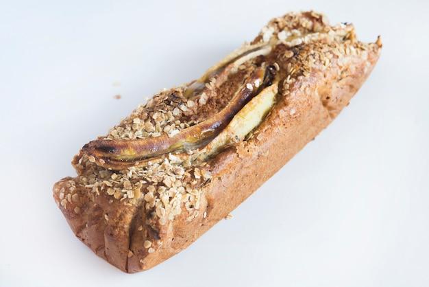 Банановый хлеб с овсом