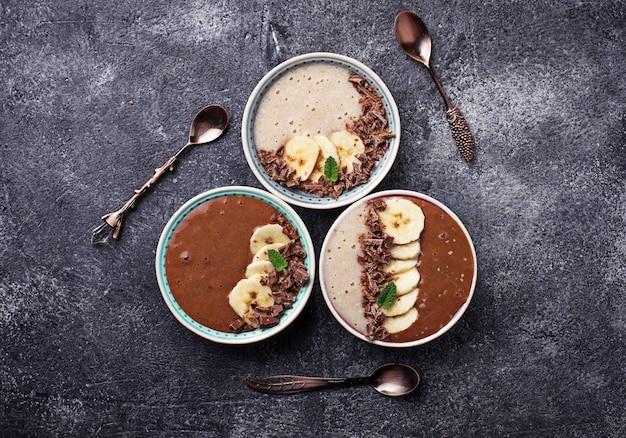 Banana and chocolate smoothie bowl