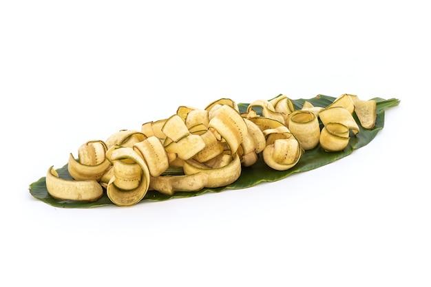 白い背景で隔離のバナナまたは栽培バナナと揚げバナナ。
